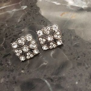 Jewelry - PRICE DROP Heart and Stone Square Earrings